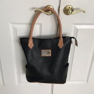 Large black tote bag. Attractive black and carmel